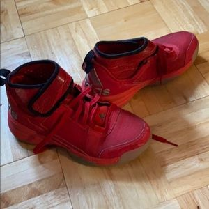Red adidas basketball shoes size 4 youth